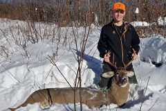 north-maine-deer-hunting-Skylar2018Buck2