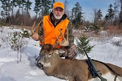 north-maine-deer-hunting-Ted2019Buck800px