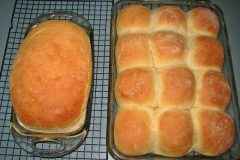maine-sporting-camp-food-chandler-lake-camps-dinner-rolls