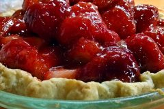 maine-sporting-camp-food-chandler-lake-camps-strawberry-pie